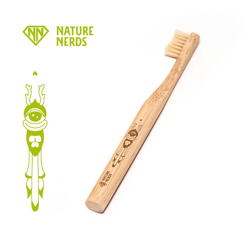 kinder-bambus-zahnbuerste-gravur-1.jpg