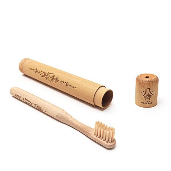 reise-zahnbuerste-bambus-klein